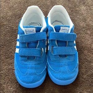 Toddler Adidas Dragon size 10